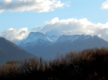 Вид на гору Альфред, здесь хоббиты шли по снежным долинам...
